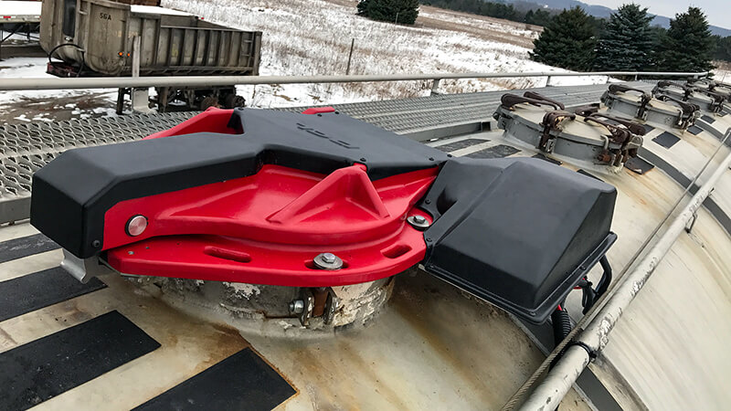 Autohatch™ mounted to a tanker truck